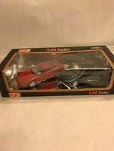 1:24 series Maisto Vintage Collectible die cast car 1 red 1 green pair 32106 NIB - $14.26