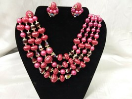 Vintage MadMen 4 Strand Graduated Glass? Bead Bib Necklace & Clip Earrin... - $39.99