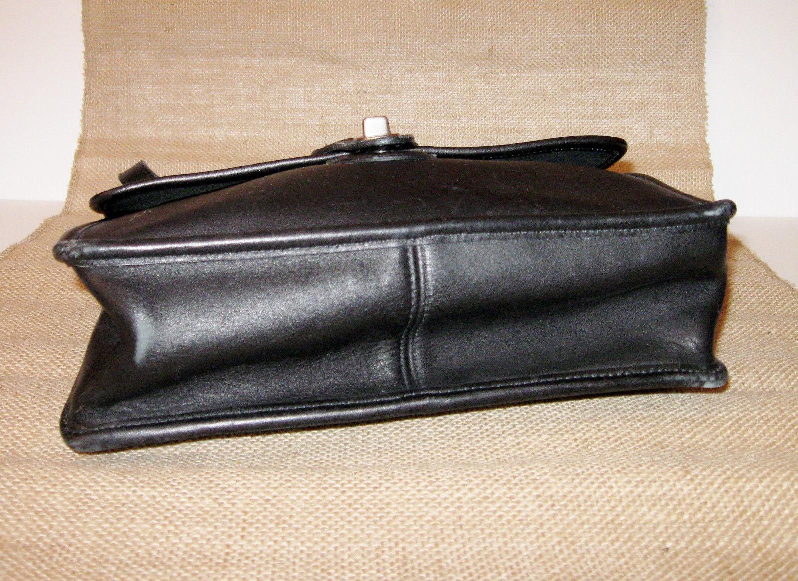 Vintage Coach Willis Crossbody Handbag Sleek Black Leather Shoulderbag Bag