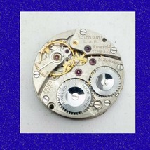 WW1 Officer Trench Military  Waltham 21 Jewel Emerald Wrist Watch Movement 1914 - $64.09