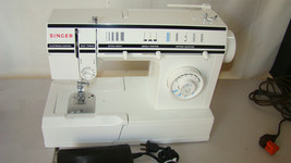 Singer 57820C Sewing Machine with Foot Pedal, tested LN - $128.65