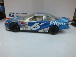 Mark Martin #6 Pfizer NASCAR Ford Taurus Race Car, 1:24 Scale,1999, Mattel - $19.40