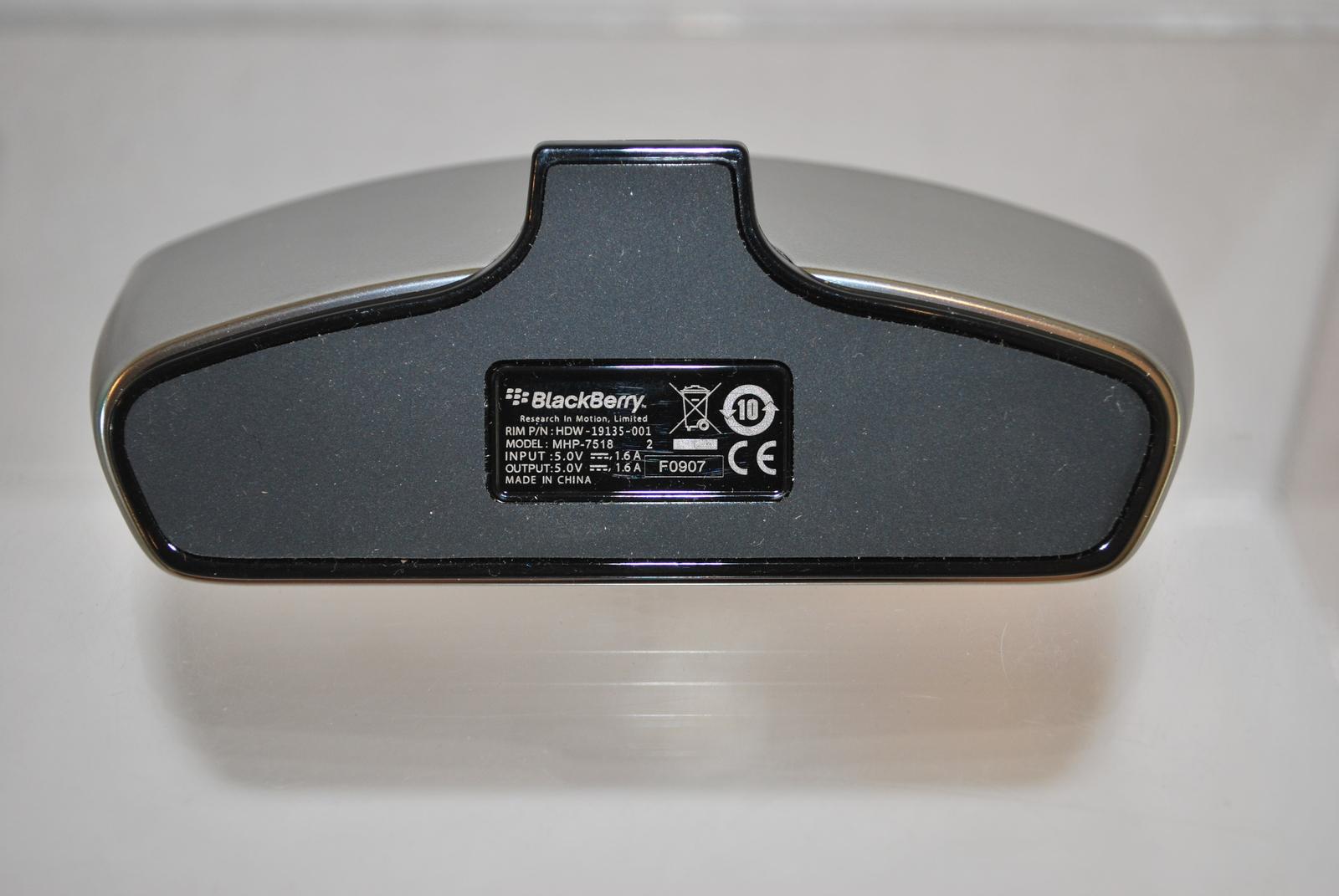 Desktop Charging Pod for Blackberry Storm Verizon Wireless G002398R00