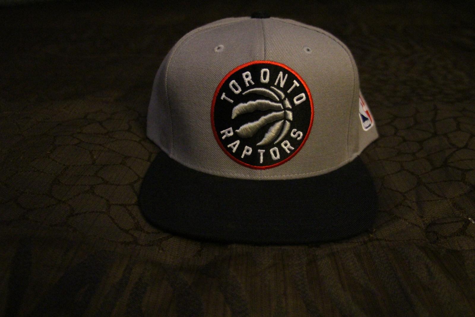 online store 1f4b5 1eb00 Img 5572. Img 5572. Previous. Mitchell   Ness - Hardwood Classic - Snapback  Hat - Toronto Raptors · Mitchell ...