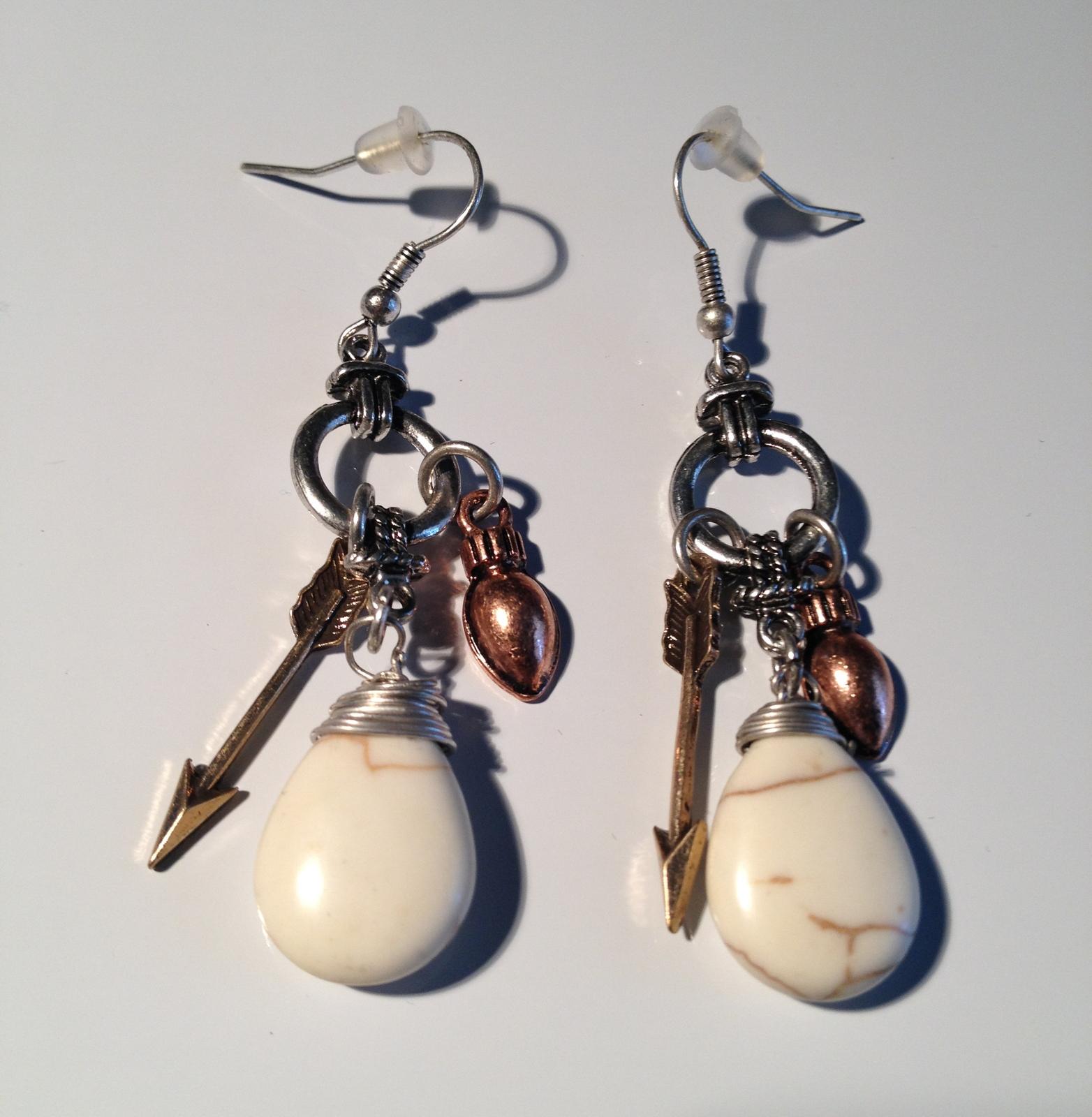 Brand NEW! Natural Stone Tear Drop Earrings