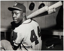 MLB 1956 Hank Aaron Milwaukee Braves Black & White 8 X 10 Photo Free Shipping  - $9.99