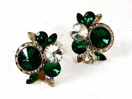 Vintage Green & Clear Shiny Rhinestone Clip On Earrings Unbranded 32116 - $18.99
