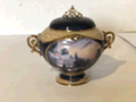 Thomas Kinkade Porcelain Music Box. - $45.99
