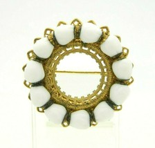 MIRIAM HASKELL White Milk Glass Wreath Gold Tone Brooch Pin Vintage - $98.99
