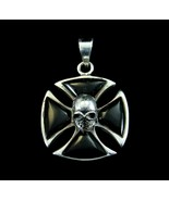 Solid 925 Sterling Silver Black Onyx Iron Cross With Skull Templar Pendant - $38.56