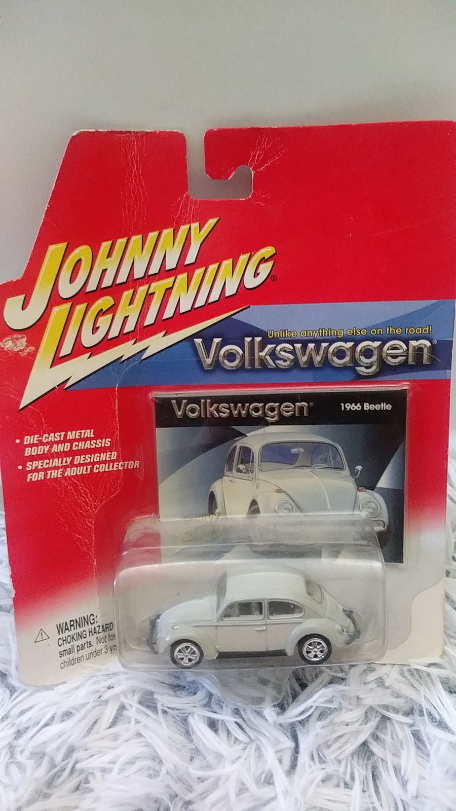 Primary image for Johnny Lightning  1966 66 Volkswagen VW Beetle Bug Car 1/64 Die Cast