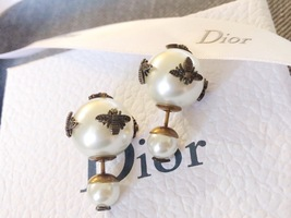 AUTH Christian Dior 2019 LIMITED EDITION TRIBALES WASP CD LOGO PEARL EARRINGS