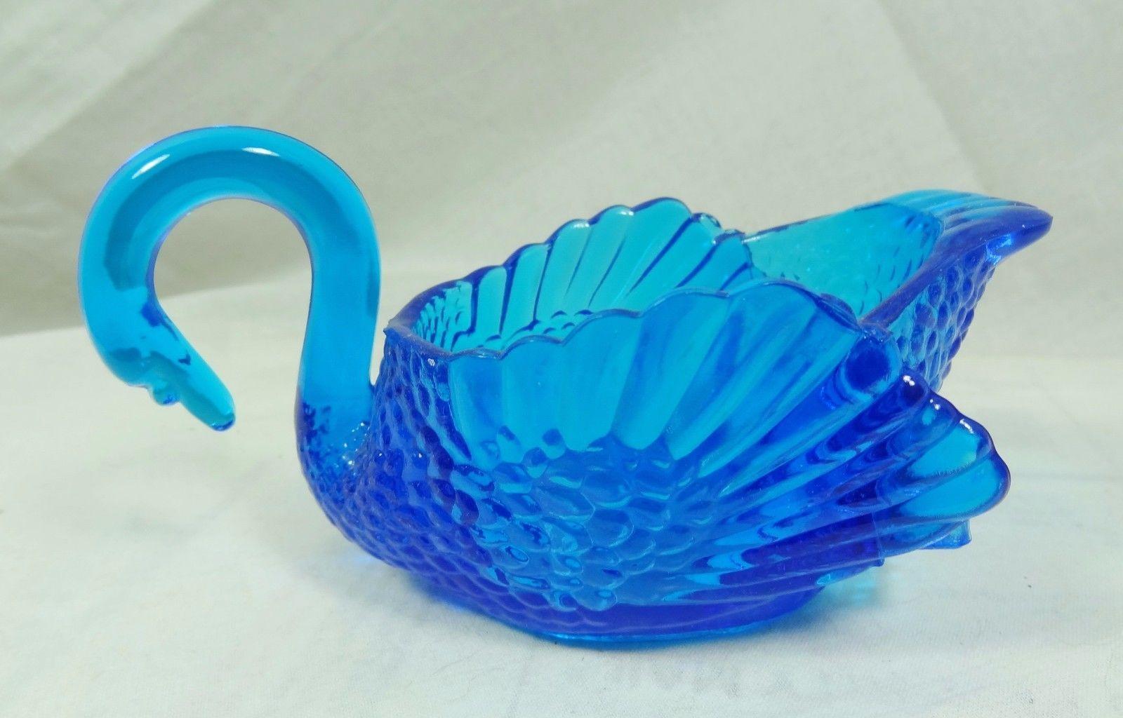 "Large 4.5"" Swan Ritz Blue Glass Nut Dish Master Salt Boyd 7/25/1988 - $28.97"