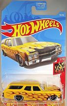 """Hot Wheels 70 Chevelle SS Wagon """" HW FLAMES """" Scale 1:64 #56/250 - $2.95"""