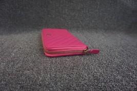 100% AUTH CHANEL Chevron Fuchsia Pink Lambskin Zip Around Wallet Clutch Bag image 6