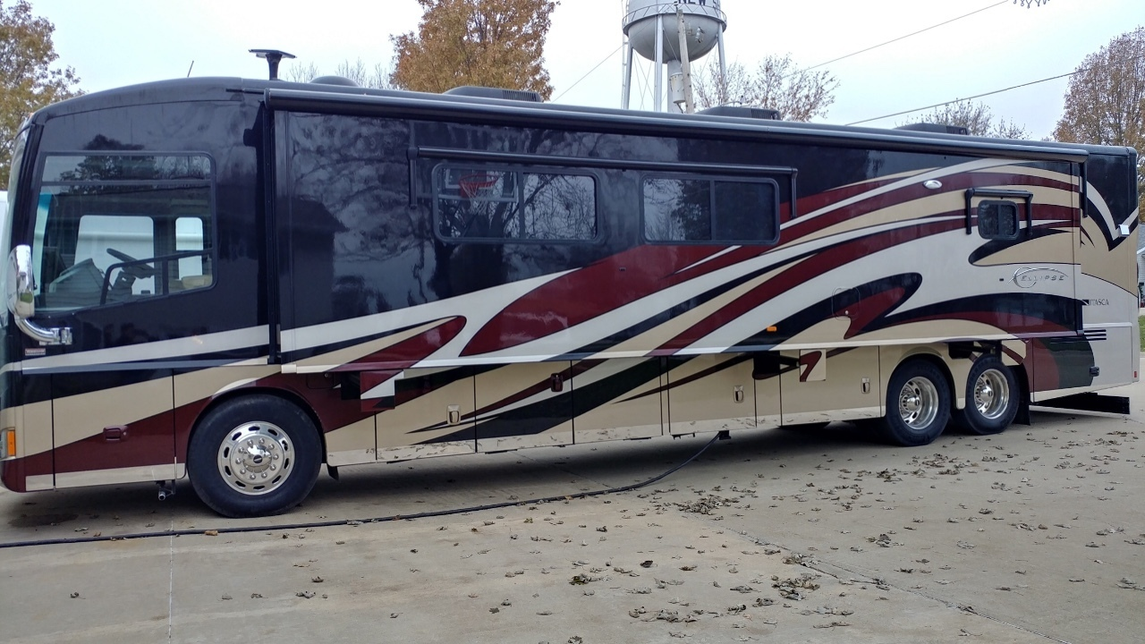 2012 Itasca ELLIPSE 42QD Class A For Sale In New Sharon, IA 50207