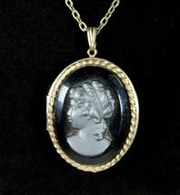Gray On BLACK GLASS CAMEO Locket Vintage NECKLACE Oval Goldtone Heavy & ... - $18.99