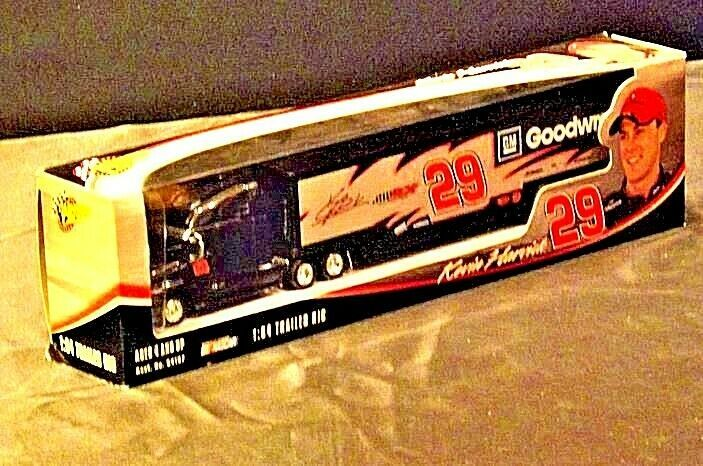 Black and Silver Kevin Harvick #29 Die-Cast Collector Trailer Rig   AA19-NC8014