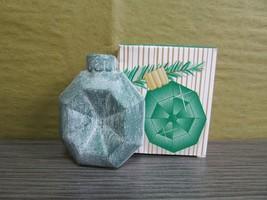 1996 Avon Holiday Sparkle Ornament Shaped Soap Octagon 1 oz  - $5.00