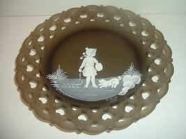 Westmoreland Brown Mist Artist Signed Mary Gregory Plate 1978 - $24.99