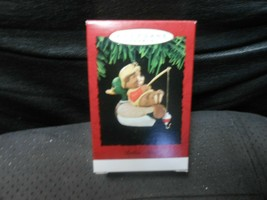 "Hallmark Keepsake ""Bobbin' Along"" 1995 Ornament NEW  - $6.44"