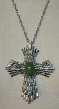Green Agate Stone Silver Tone Crucifix Cross Pendant Vintage - $34.64
