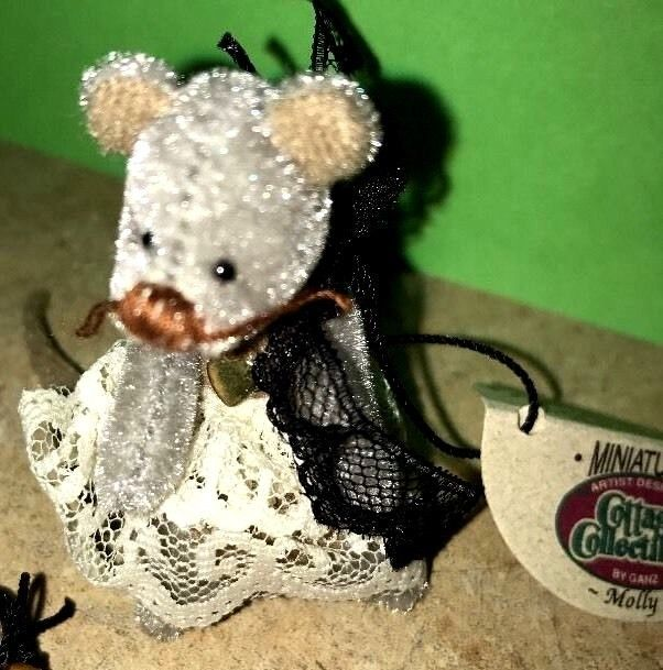 Primary image for Ganz Cottage Collectibles Miniatures Mouse ~ Molly ~ Tag & Bag Lorraine Chien