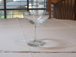 """Anchor Hocking Hand Cut 5.5 oz Etched Sherbet Champagne Glass 4 1/2"""" Tall ! - $16.33"""