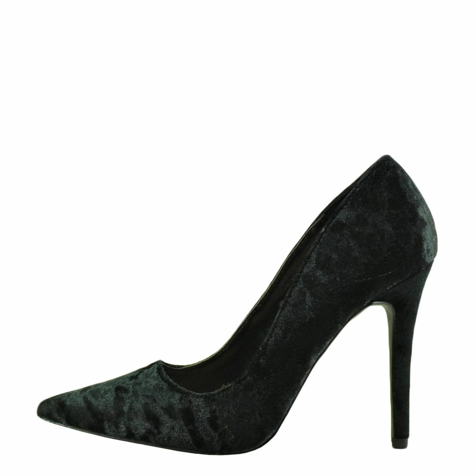 Qupid Milia 01 Black Women's Crushed Velvet Pointed Toe Pumps - $28.95