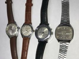 Lot Of 4 Uhren für Teile oder Reparatur Waltham, Sellita, Slava, Cyma - $122.59