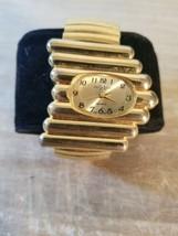 Vintage L.A. Express Quartz Women Wrist Watch.Stretchy Band.Needs Battery - $10.40
