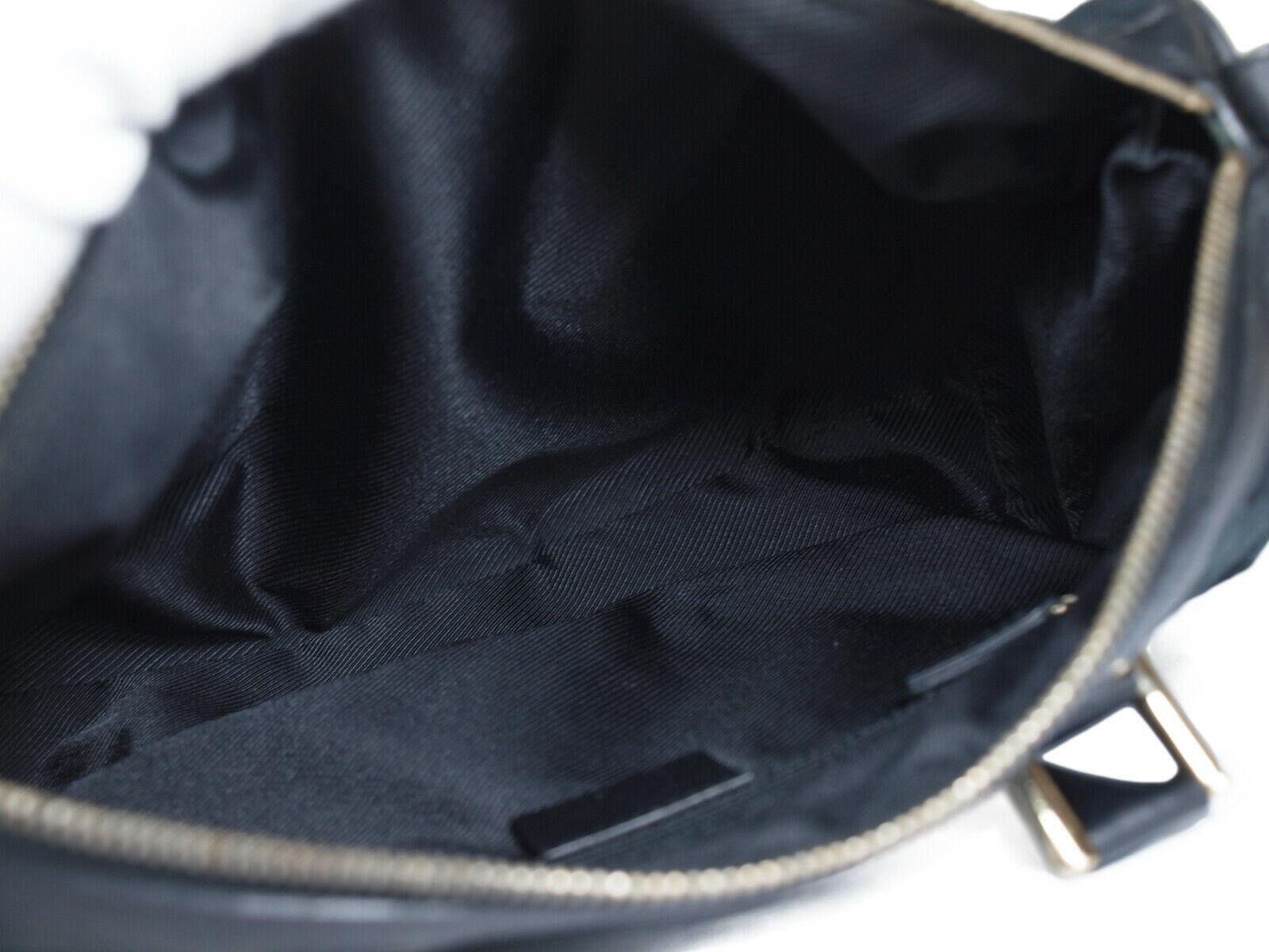 Authentic GUCCI GG Pattern Canvas Leather Black Shoulder Bag GS2077