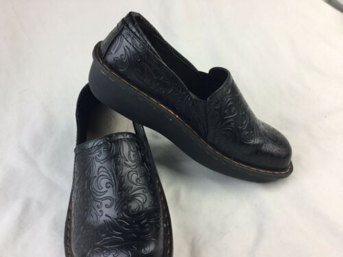 Primary image for Savvy Ducky Black Slip Resistant Womens Nursing Shoes Size EUC 9.5