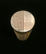 Vintage Buckeye (elastic patch) Dozit tin packaging image 3