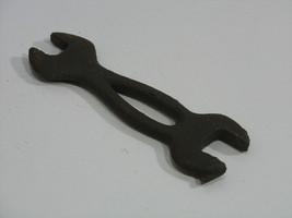 """Antique Wrench Tool Farm Tractor Implement Car Truck Buggy 4 1/2"""" long - $9.49"""