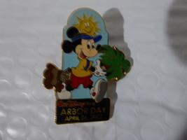 Disney Trading Broches 11364 WDW - Arbor Jour 2002 (Mickey) - $9.50