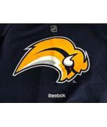 Mens sz XL blue REEBOK NHL Hockey Buffalo Sabres short sleeve t shirt - $19.79