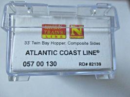 Micro-Trains # 05700130 Atlantic Coast Line 33' Twin Bay Hopper, N-Scale image 4