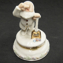 Lenox Disney Snow White Seven Dwarfs Sneezy Figurine Treasure Box with C... - $24.74