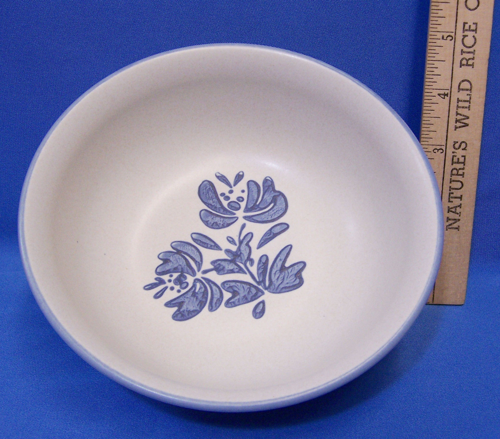 "Primary image for Pfaltzgraff Yorktowne Cereal Bowl Blue Flower Pattern 6"" D"