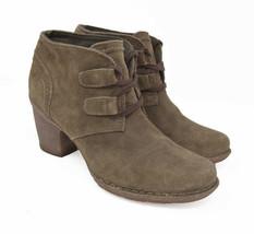 Clarks Artisan Women's Sz 9M EU 40 Suede Lace Up Heel Ankle Boots - $54.99