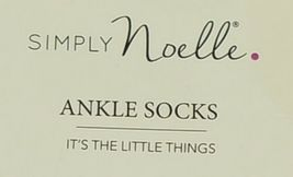 Simply Noelle Brand Red Green Color One Size Fits Most Womens  Ankle Socks image 2