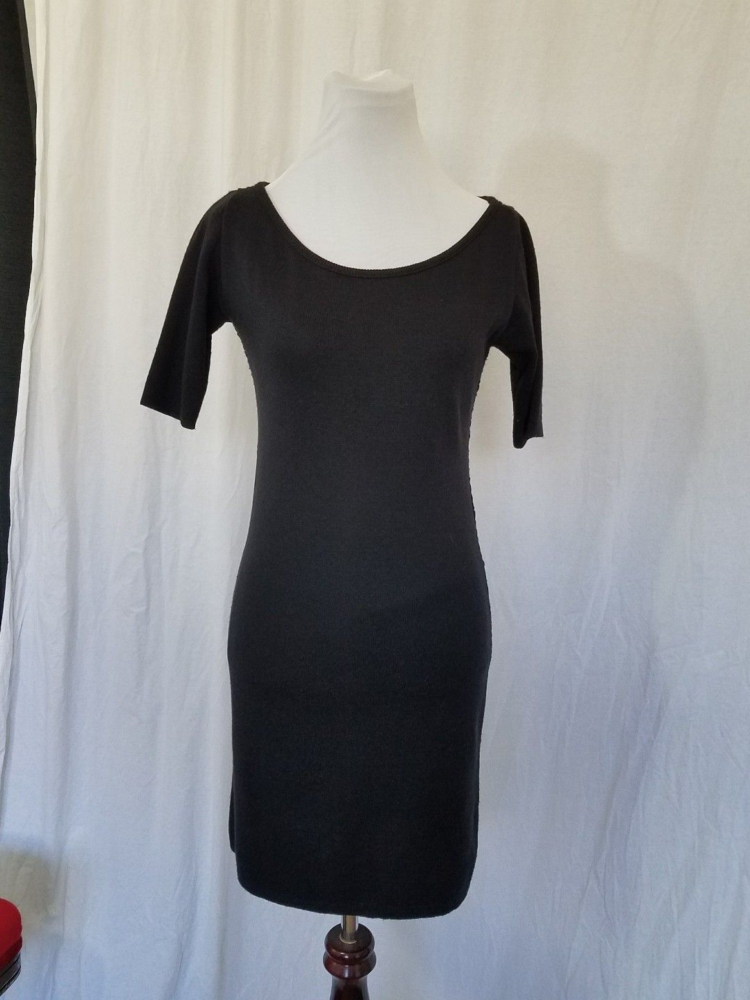 Black Knit Sweater Dress Open Weave Back Knee Length Short Sleeves Size