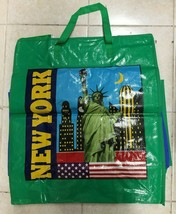 Lot of 12X Plastic New York Pattern Laundry Bags with Zipper and Handle ... - $27.69