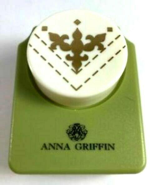 Anna Griffin Fleur De Lis Punch #59FDL