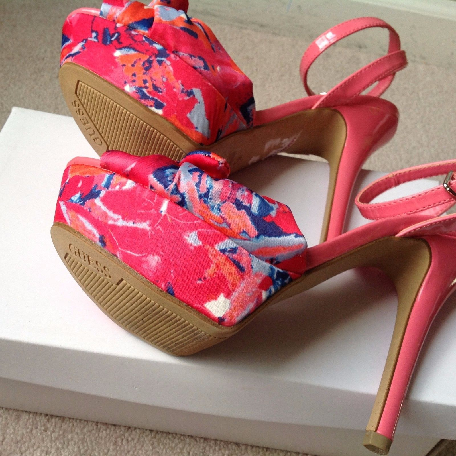 41896e2da ... GUESS Women s Pink Ankle Strap Platform Bow Heels Sandals Size 7.5 New