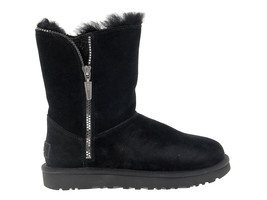 Ankle boot UGG AUSTRALIA 9633 in black suede leather - Women's Shoes - €169,59 EUR