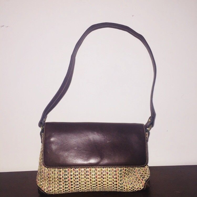 Fossil Straw Shoulder Purse Small Brown Snap Closure Wicker