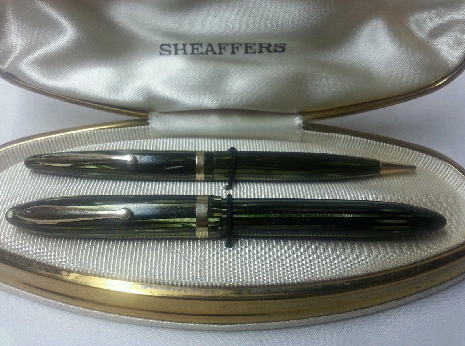 Striated Green Sheaffers 350 Pen Set With Original Clam Shell Box