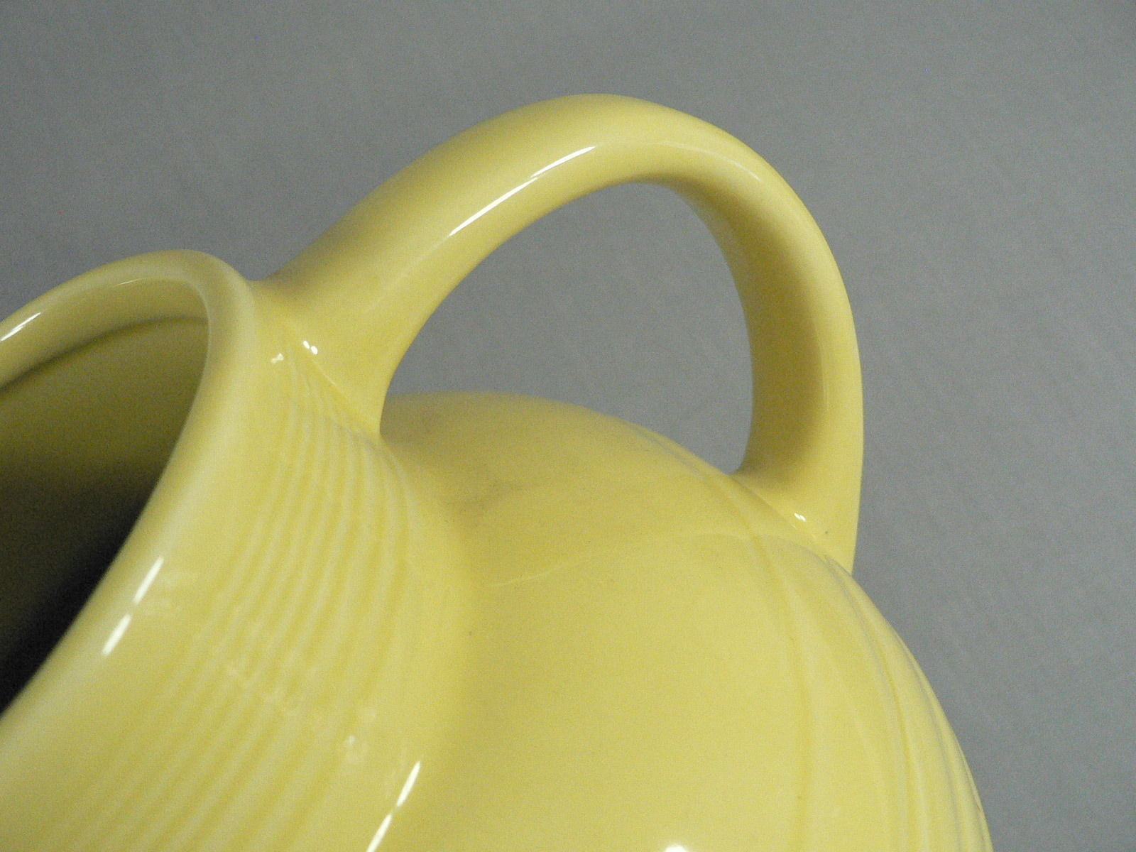 Beverage Water Pitcher by Cooks Club Ball shape Yellow 80 Ozs. +/-